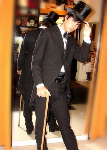 Caballero Levita - Disfraces Todo Disfraz - Alquiler de disfraces en ... fe01891a164