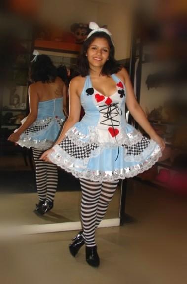 Alicia disfraces todo disfraz alquiler de disfraces en for Disfraces de alquiler