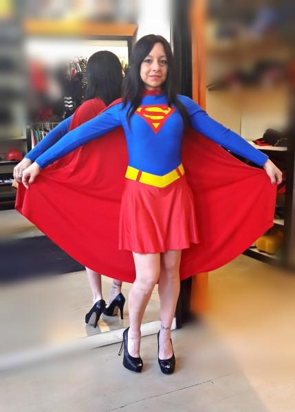 todo-disfraz-superchica-2570